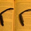 Mini lampka do czytania