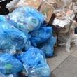 Sterty śmieci wprost na ulicach - normalna sprawa