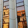 Kościół Macieja w odbiciu okien Hiltona